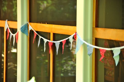 Cloth Pennant Decorations