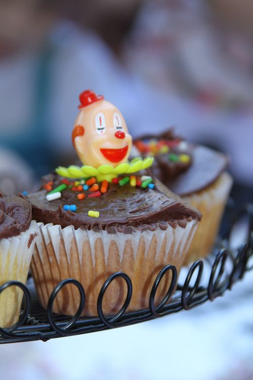 clown cupcake topper